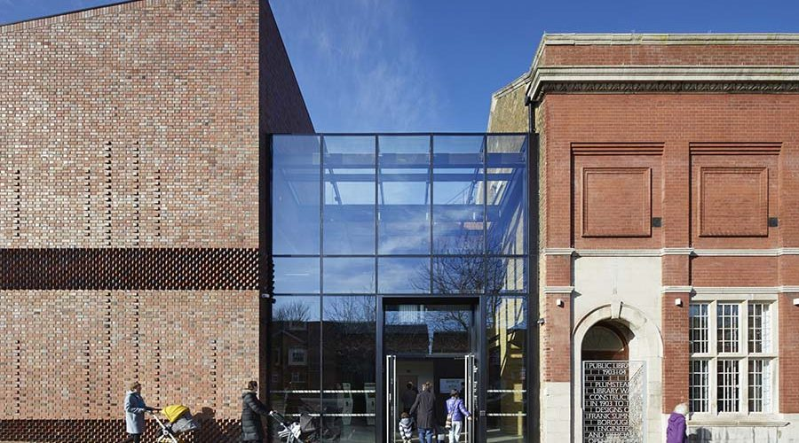 Plumstead Library Starts a New Chapter