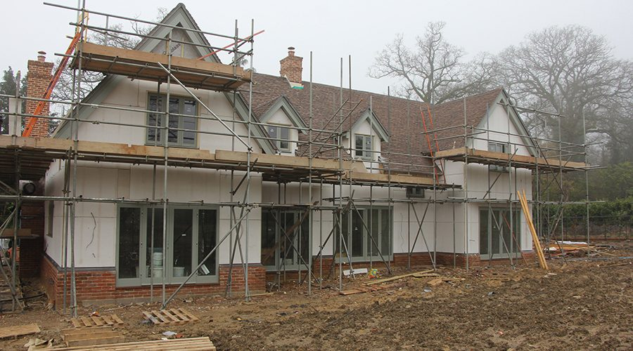Magply boards carry K-Rend finish to complete exclusive Surrey housing development
